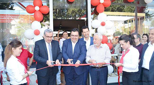 Arçelik'in en büyük konsept mağazası açıldı