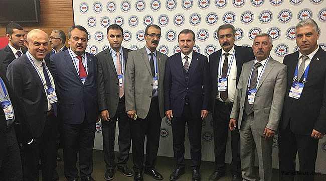 Spor Bakanı Osman Aşkın Bak'a yoğun ilgi