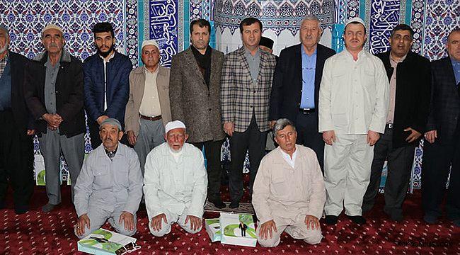 Pazarcık'ta umre yolcuları kutsal topraklara uğurlandı