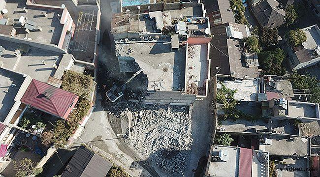 Tekke'de yıkım çalışmaları devam ediyor