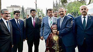 Bakan Özhaseki'den Büyükşehir'e Ziyaret