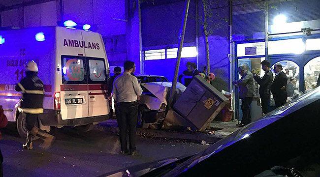 Otomobil sürücüsü trafoya çarptı: 1 yaralı!