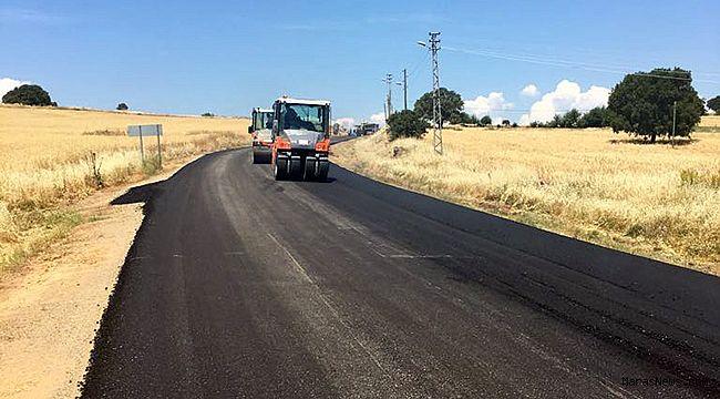 Büyükşehir Sır Grup yolunda asfalt yapıyor