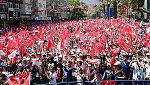 """İnce: """"AKP zorda, 90'ların simgesi Tansu Çiller'den medet umuyorlar"""""""
