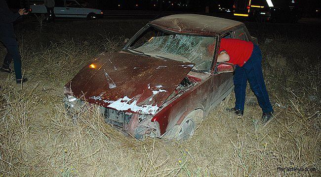 Köpeğe çarpan otomobil takla attı!