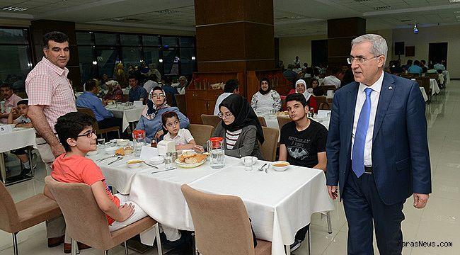KSÜ İdari Personeli, iftar yemeğinde bir araya geldi