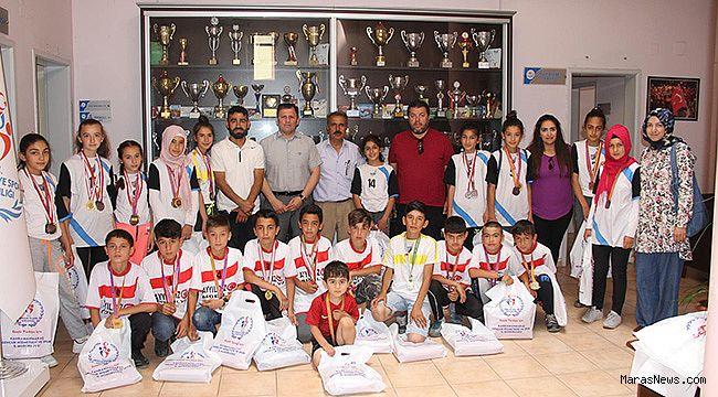 Küçük Erkekler Hokey Takımımız Türkiye Şampiyonu