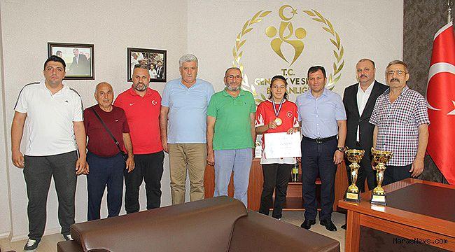 Şampiyondan Kabakcı'ya ziyaret