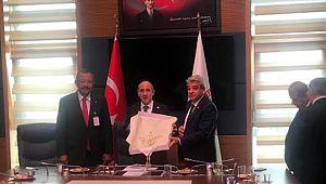 KMTSO Yönetimi Ankara'da CHP'li Öztunç'la bir araya geldi
