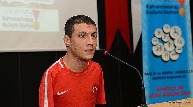 Milli Yüzücü Eroğlu, KSÜ öğrencileriyle bir araya geldi