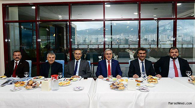 Rektör Prof. Dr. Niyazi Can, Basınla buluştu