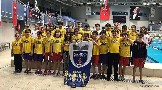 SANKO'lu yüzücüler 55 madalya ve 3 kupa kazandı