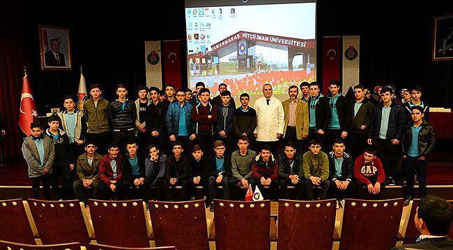 """Yazar Mustafa Topcuoğlu: """"Asla vazgeçmeyin!"""""""