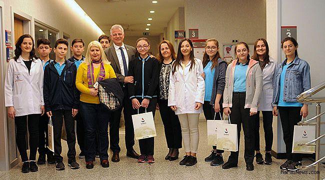 Ali Küncülü Ortaokulu Öğrencileri SANKO Üniversitesi Rektörü Prof. Dr. Dağlı'yı ziyaret etti