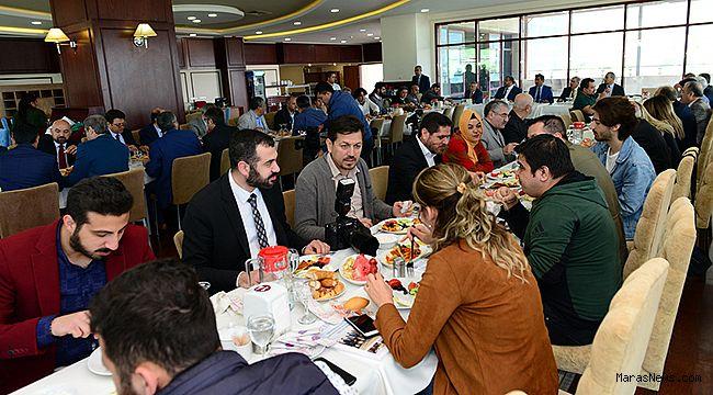 Rektör Prof. Dr. Niyazi Can, Basın mensuplarıyla bir araya geldi