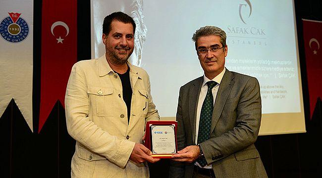 Ünlü Tasarımcı Şafak Çak KSÜ'de Söyleşi gerçekleştirdi