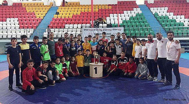 Gençlik Spor Kulübü Türkiye Şampiyonu