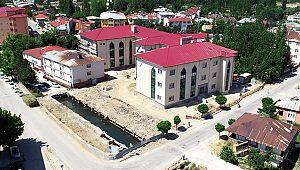 Göksun Belediye hizmet binası inşaatında sona gelindi