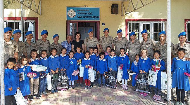 Jandarma'dan Çatmayayla okuluna ziyaret