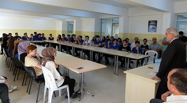 Liselerin ilk dersini KSÜ Öğretim üyeleri verdi