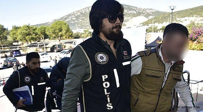 Uyuşturucu zanlıları polis devriyesine takıldı