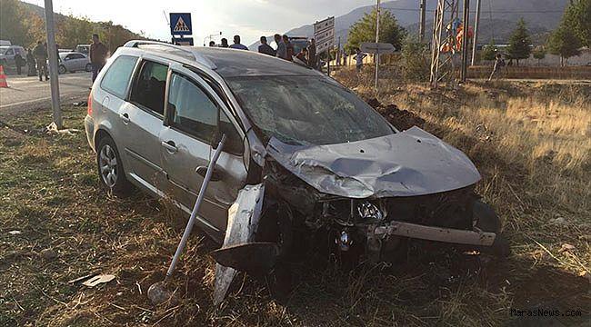 Kahramanmaraş'ta iki otomobil çarpıştı: 9 yaralı