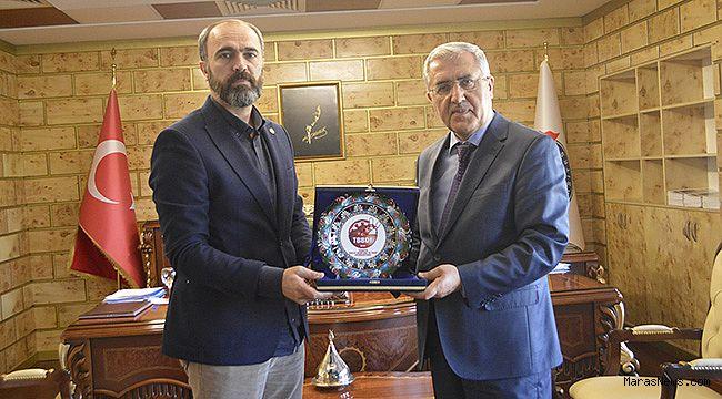 Türkmen'den Rektör Can'a ziyaret