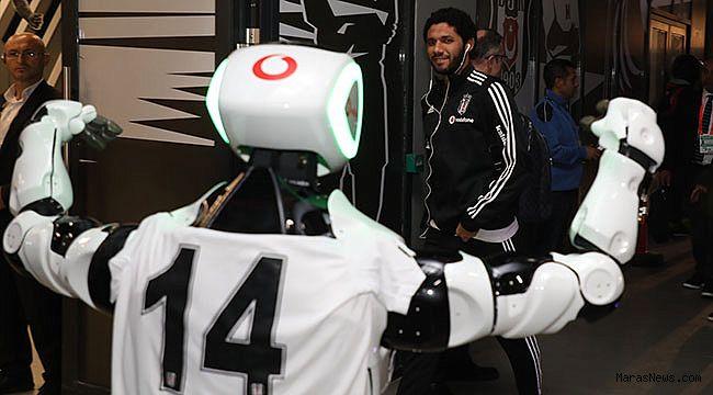 Vodafone'lu Robot Veysi,