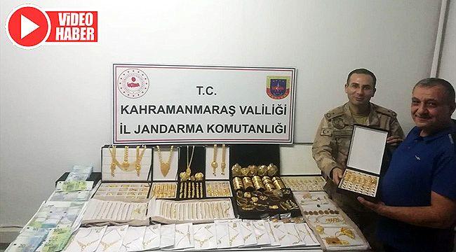 Altın taşıyan kuyumcuları gasbeden 5 zanlı yakalandı