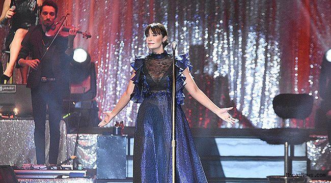 Sıla 2019'un son konserini Ankara'da verdi