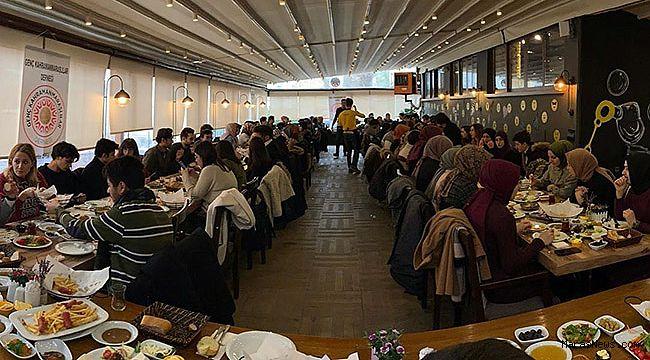 ÜNİ GENÇMAR Ankara'da okuyan öğrencilerle kahvaltıda buluştu