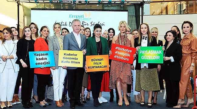 """Ayşe Arman: """"Sadece 8 Mart'ta değil her fırsatta yaşasın kadınlar diyorum"""""""