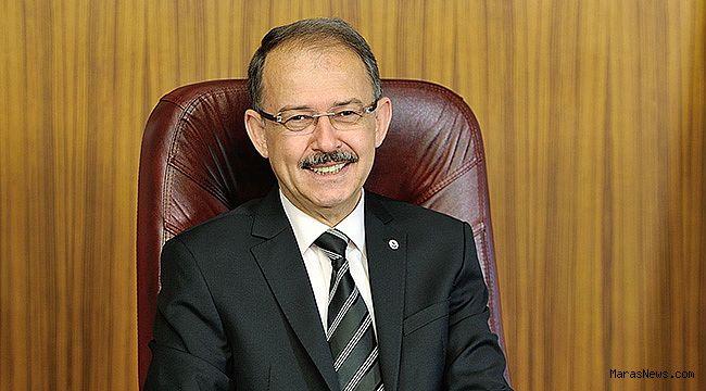 """Prof. Dr. Dağlı: """"Fedakar babalarımıza minnet borcumuz var"""""""