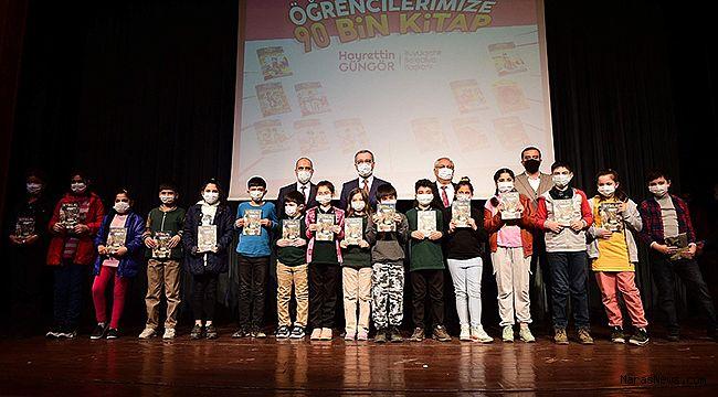 Büyükşehir'den 101 Bin Öğrenciye Kitap Hediyesi