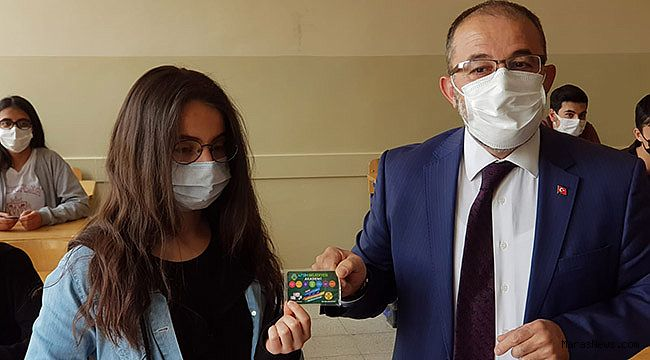 Afşin Belediyesinden lise son sınıf öğrencilerine eğitim desteği