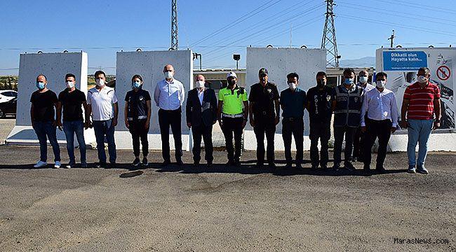 Vali Coşkun'dan Güvenlik Güçleri ve Sağlık Çalışanlarına Bayram Ziyareti