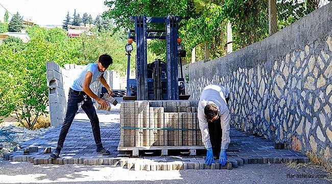 Dulkadiroğlu'ndan Ayaklıcaoluk ve Küçük Nacar Mahallelerinde parke çalışması