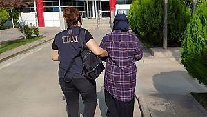 Mavi Kategoride aranan DEAŞ üyesi kadın tutuklandı